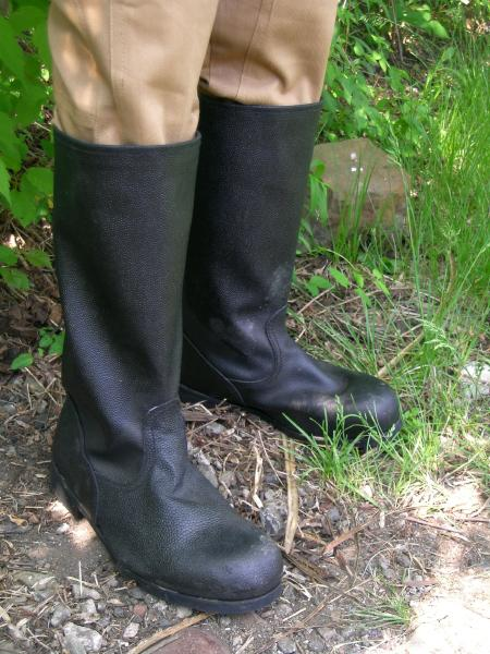 Canvas/leather enlisted men's boots from the Russian army
